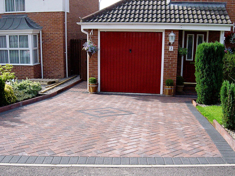 Herringbone-Style-Block-Paving-Yorkshire