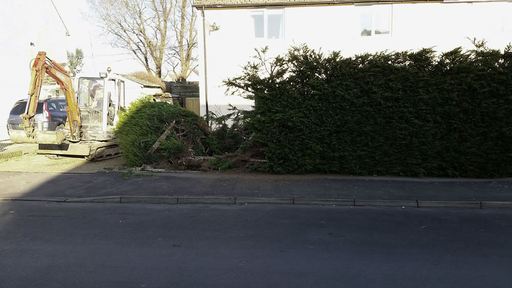 paving-driveway-before-paving