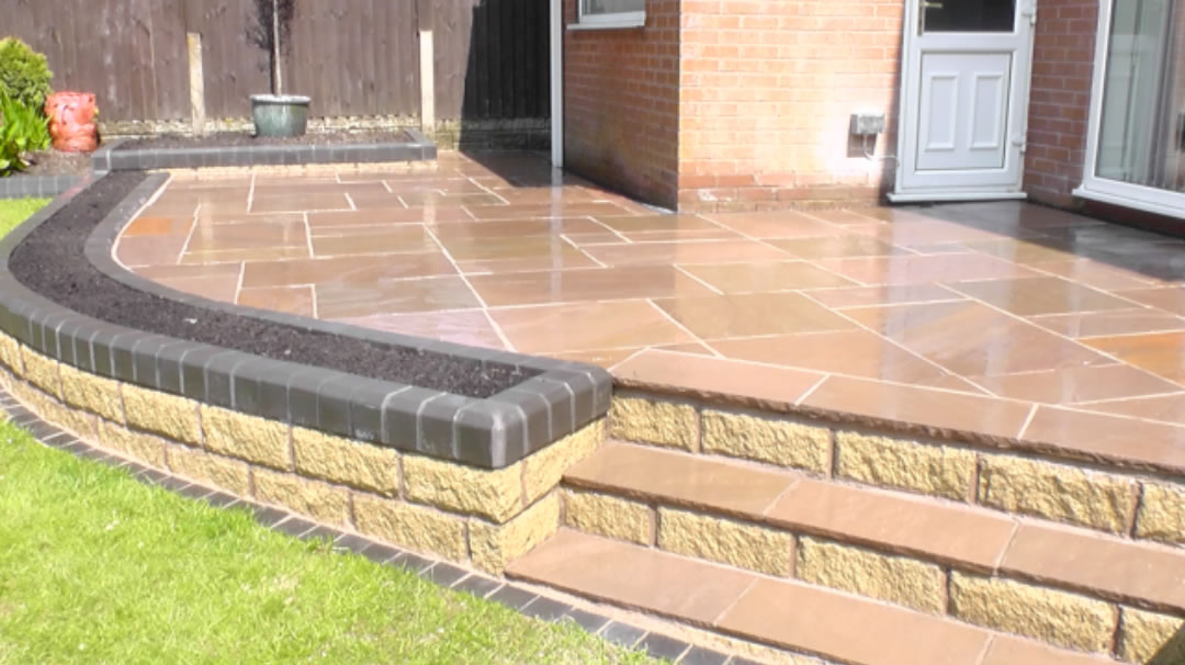 Paving, planter and steps