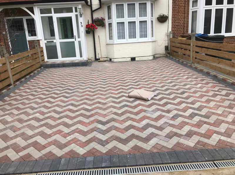 herringbone 2 colour paving
