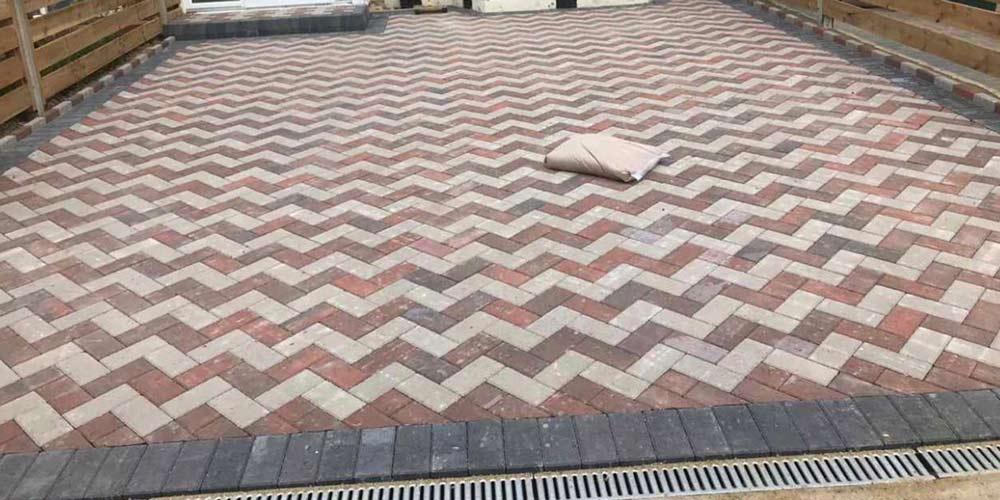 zigzag paving